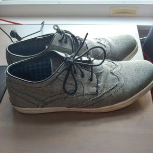 Ben Sherman distressed canvas sneakers